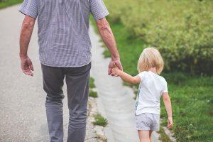 Opvoeden en Zo | Vader met peuter